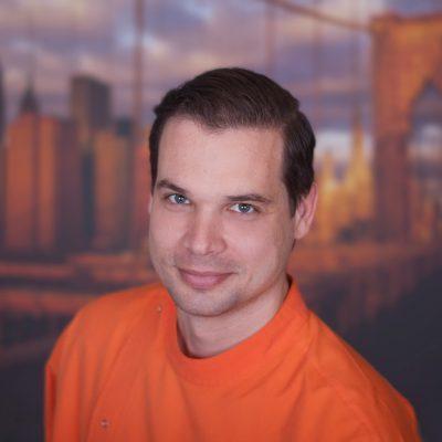 Dr. Mándoki István